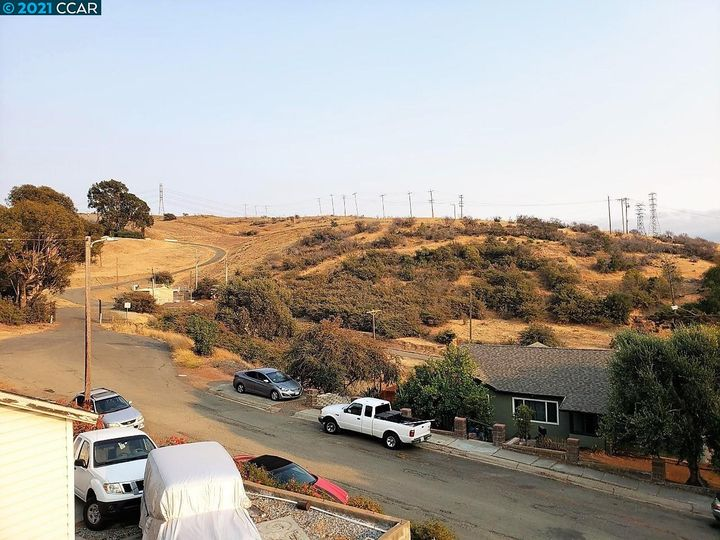 117 Jordan St Vallejo CA Home. Photo 4 of 21