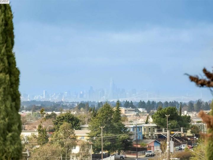 16333 Ridgehaven Dr #1003, San Leandro, CA, 94578 Townhouse. Photo 4 of 20