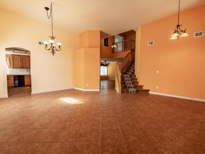 2180 Clearview Dr Hollister CA Home. Photo 9 of 34