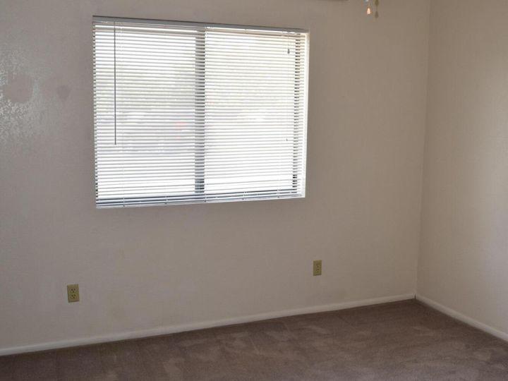 2586 Quirt Cir Cottonwood AZ Home. Photo 12 of 15