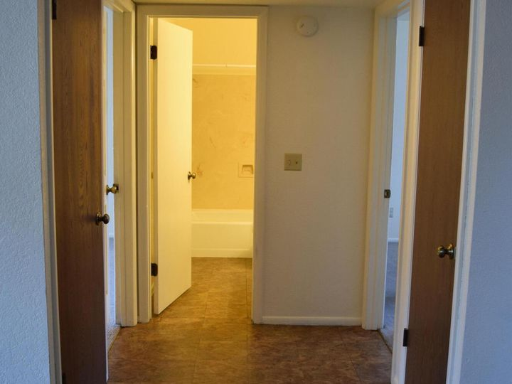 2586 Quirt Cir Cottonwood AZ Home. Photo 9 of 15