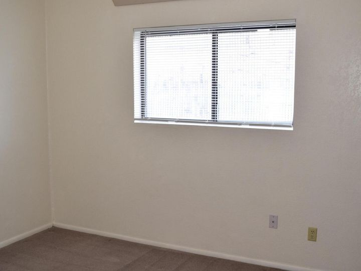 2586 Quirt Cir Cottonwood AZ Home. Photo 10 of 15