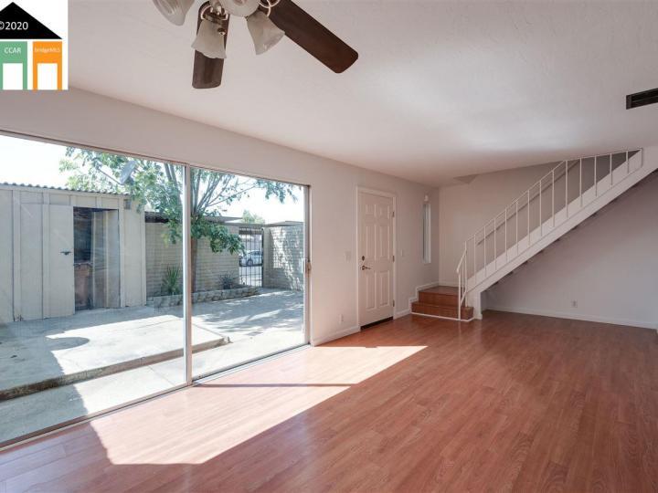 2607 Carleton Ln, Antioch, CA, 94509 Townhouse. Photo 8 of 29