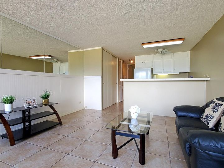 Canal House condo #1206. Photo 3 of 16