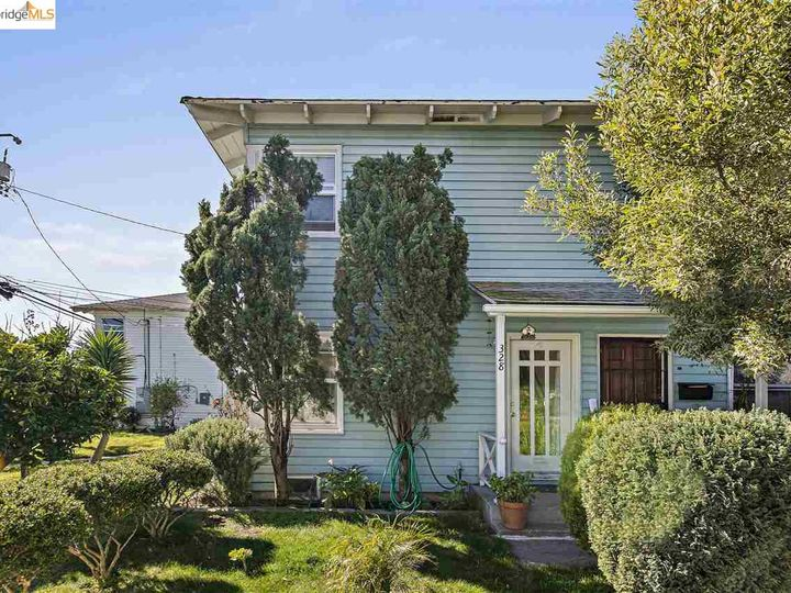 328 W Macdonald Ave, Richmond, CA, 94801 Townhouse. Photo 2 of 25