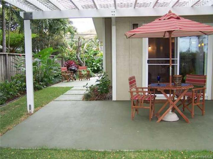 412 Iliaina St Kailua HI Home. Photo 3 of 10