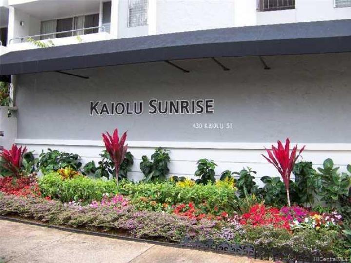 Kaiolu Sunrise condo #502. Photo 2 of 8