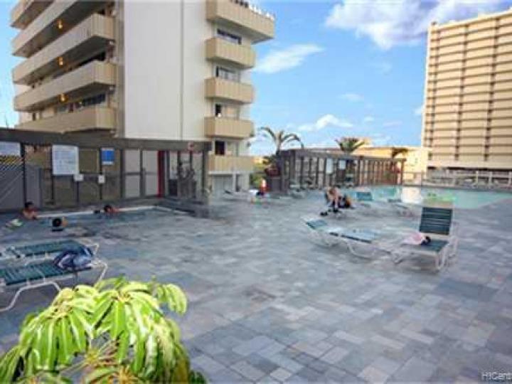Rental 445 Seaside Ave unit #2206, Honolulu, HI, 96815. Photo 9 of 10