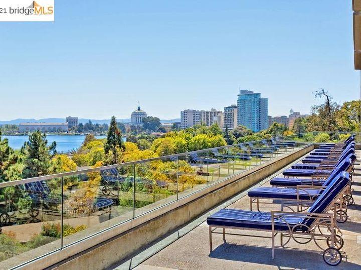 Park Bellevue condo #1803. Photo 32 of 40