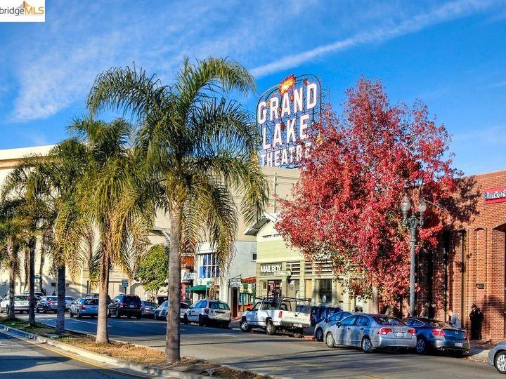 Park Bellevue condo #1803. Photo 36 of 40