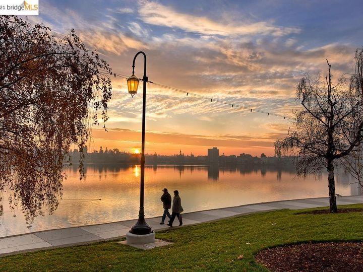 Park Bellevue condo #1803. Photo 38 of 40