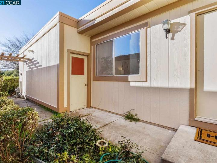 6477 Northpointe Ct, Martinez, CA, 94553 Townhouse. Photo 6 of 37