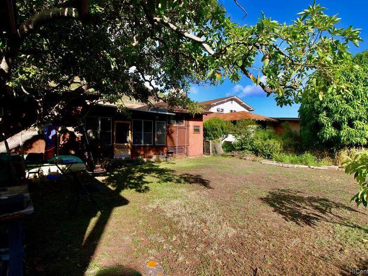 652 Lawelawe St Honolulu HI Home. Photo 22 of 24