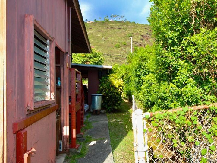 652 Lawelawe St Honolulu HI Home. Photo 24 of 24