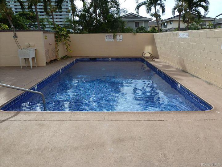 Rental 909 Ala Nanala St unit #1202, Honolulu, HI, 96818. Photo 12 of 12