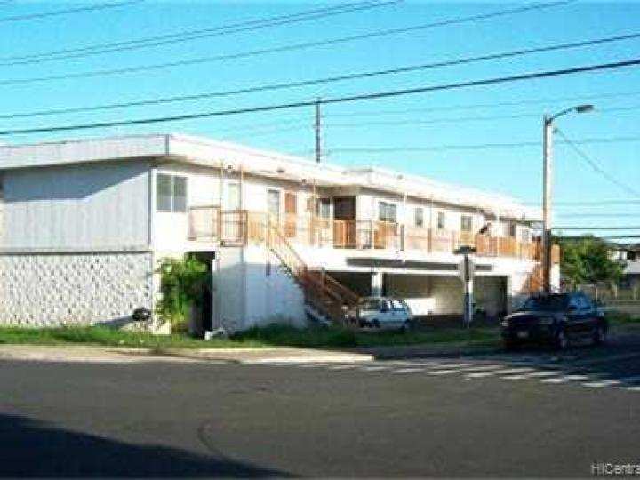 Rental 941011 Kahuamoku St, Waipahu, HI, 96797. Photo 1 of 8
