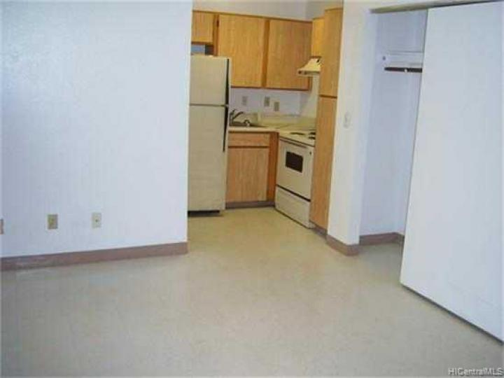 Rental 941011 Kahuamoku St, Waipahu, HI, 96797. Photo 5 of 8