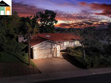 1049 Rolling Hill Way, Alhambra  Valley, CA