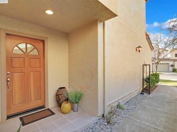 1110 Vista Pointe Cir San Ramon CA Home. Photo 2 of 33