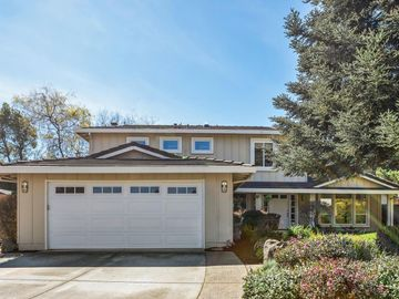1310 Bright Oaks Ct, Los Altos, CA