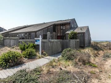 138 Monterey Dunes Way, Moss Landing, CA
