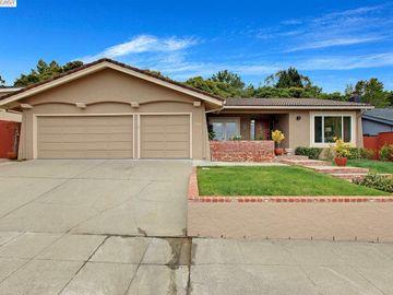 1700 Oakwood Dr, Laurelwood, CA