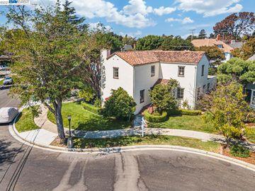 1711 Palmera Ct, Gold Coast, CA