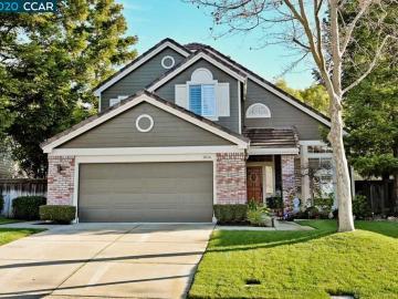 1804 Eagle Peak Ave, Oakhurst, CA