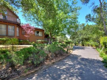 18061 Saratoga Los Gatos Rd, Monte Sereno, CA