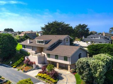2 Ashdown Pl, Half Moon Bay, CA