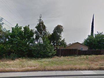 2104 Turnpike Rd, Stockton, CA