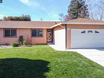 2277 Panoramic Dr, Concord, CA