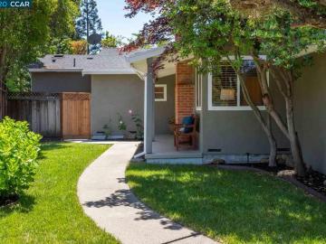 23 Pinewood Ct, Larkey, CA