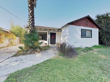 2513 6th St, Hughson, CA