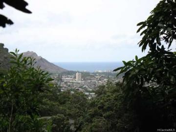 2733 La I Rd Honolulu HI. Photo 1 of 10