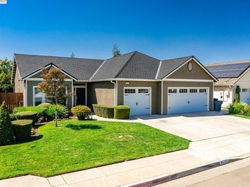 3075 N Carriage Ave, Fresno, CA