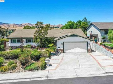 3212 View Dr, Antioch, CA