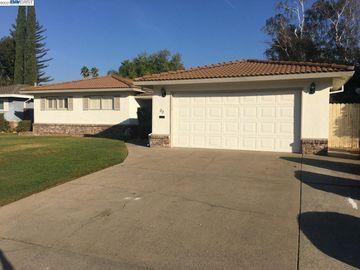 33 Sunlit Cir, Sacramento, CA