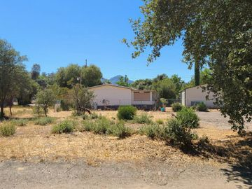 3477 3rd St Clearlake CA. Photo 3 of 3