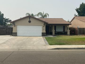 4015 W Prospect Ave, Visalia, CA