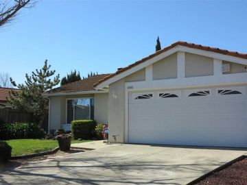 4333 Chippendale Dr, Crestwood, CA