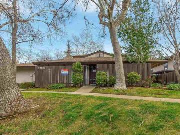 5490 Roundtree Dr unit #A, Roundtree, CA