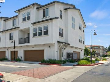 551 Staley Ave, Burbank, CA