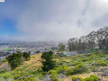 565 Mountain View Dr unit #4, Daly City, CA