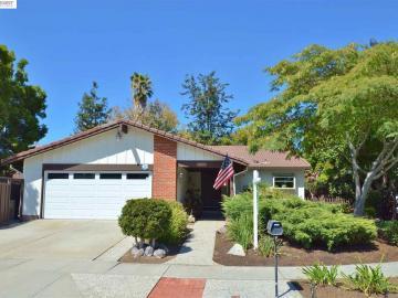 622 Topawa Dr, Walnut Knolls, CA