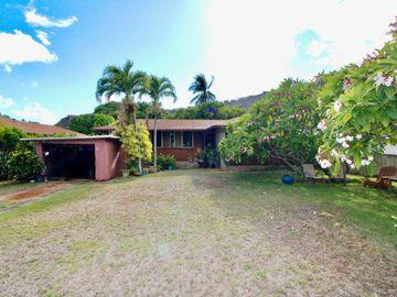 652 Lawelawe St Honolulu HI Home. Photo 1 of 24