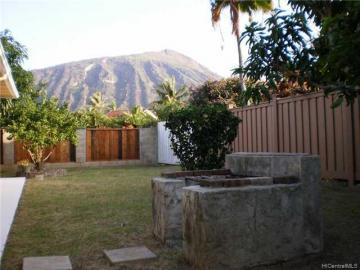 7115 Kamilo St Honolulu HI Home. Photo 2 of 5