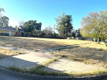 805 W 10th St, Merced, CA