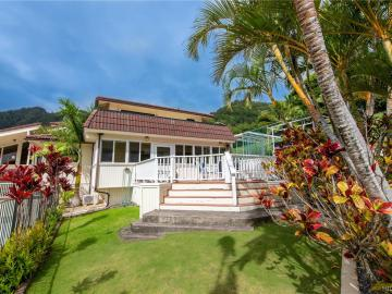 845 Waika Pl Honolulu HI Home. Photo 2 of 25