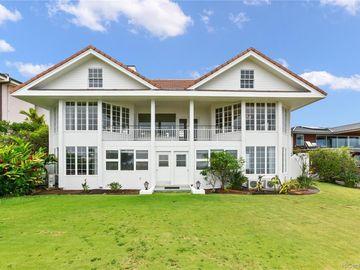 886 Puuikena Dr, Hawaii Loa Ridge, HI